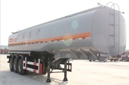 SHACMAN Fuel Tank Semi-trailer