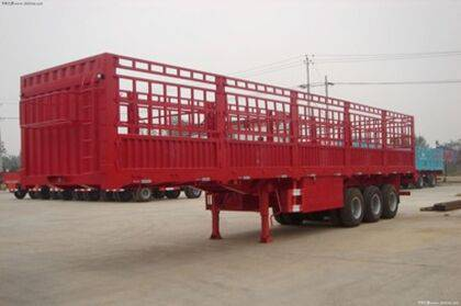 SHACMAN Stake semi-trailer